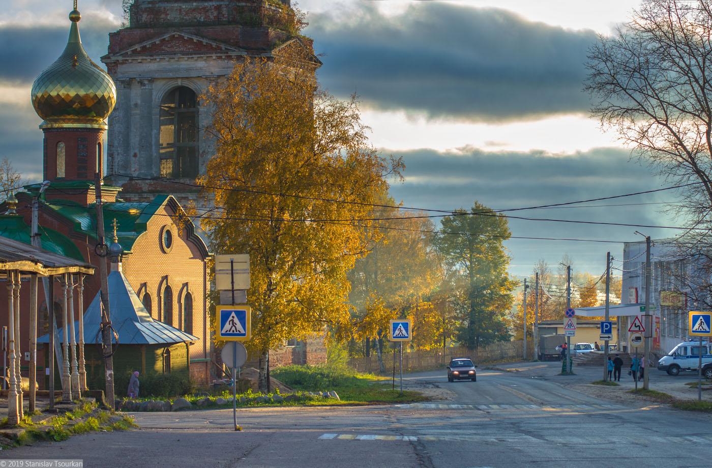 Красный Холм, Троицкая часовня, Троицкая церковь, колокольня, колокольня Троицкого собора