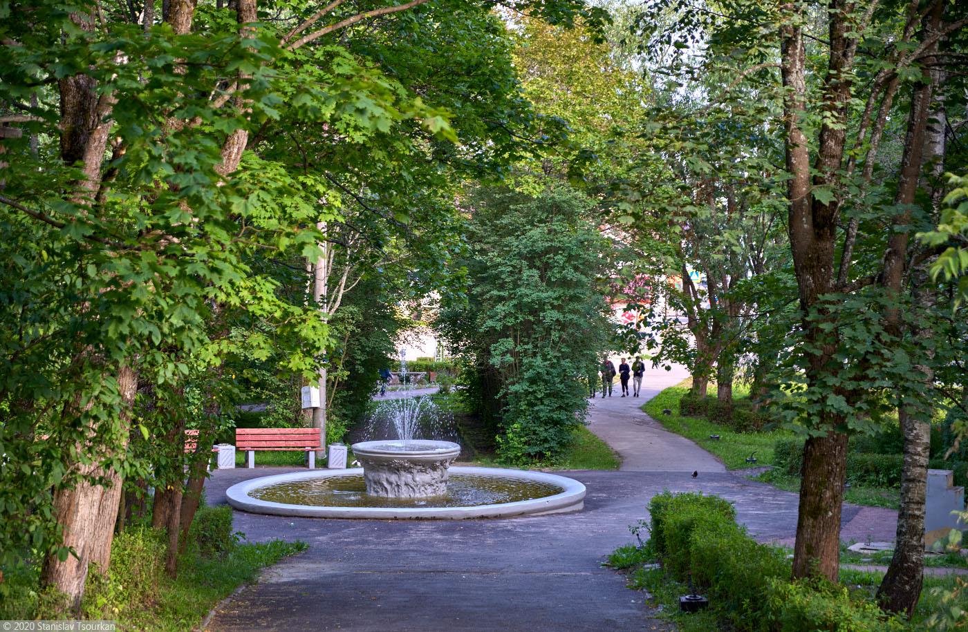 Лахденпохья, Карелия, республика Карелия, городской сквер, фонтан